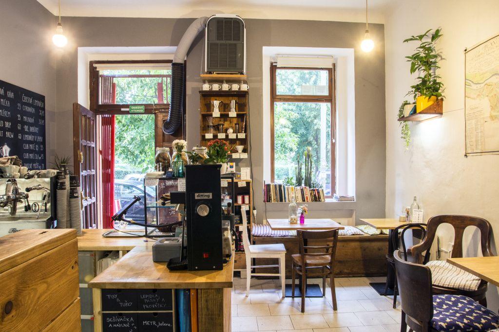 kavárna mamacoffee interiér